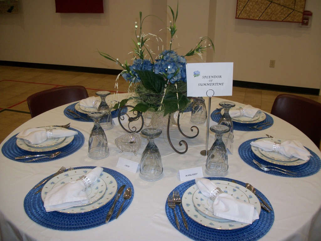 Mrs. Margie McCarter's Table - absolutely lovely.